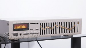 Yamaha EQ-550 Graphic Equalizer titan
