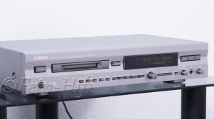 Yamaha MDX-596