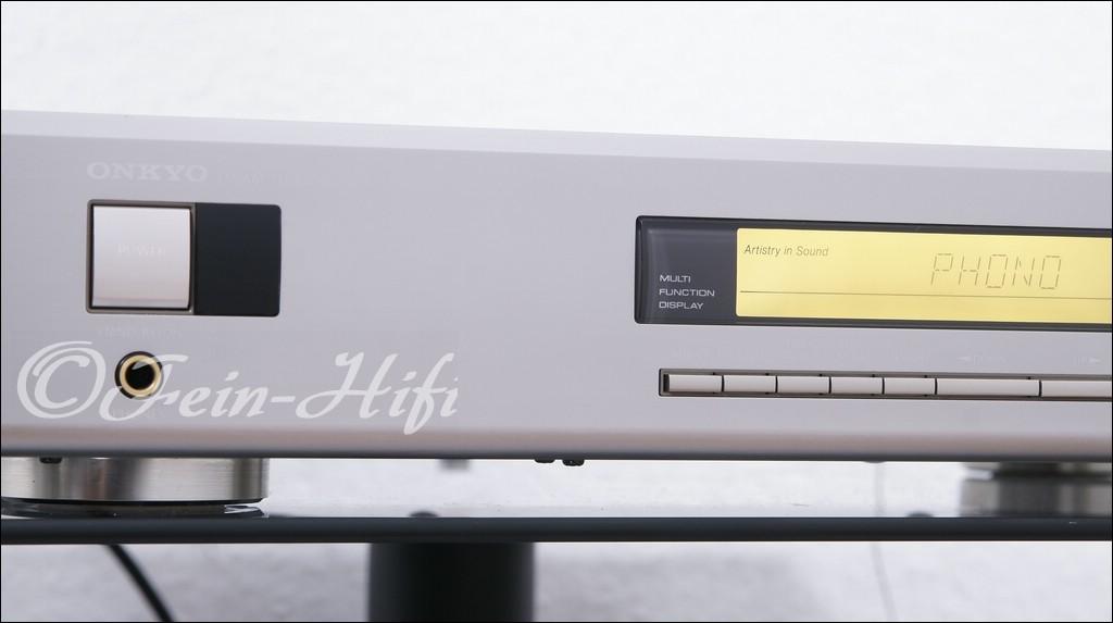 Onkyo r 100 slimline stereo hifi receiver gebraucht kaufen for Onkyo or yamaha receiver