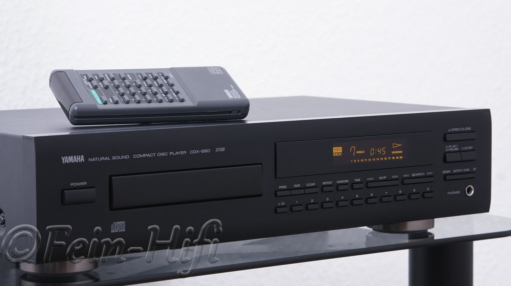 yamaha cdx 560 natural sound cd player gebraucht. Black Bedroom Furniture Sets. Home Design Ideas